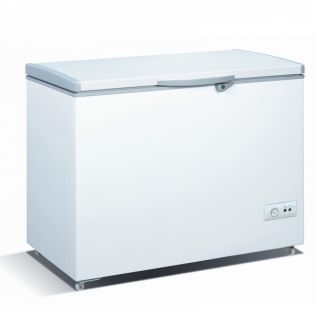 9 5 cu ft chest freezer cf 132 call 0711477775 or 0711114001